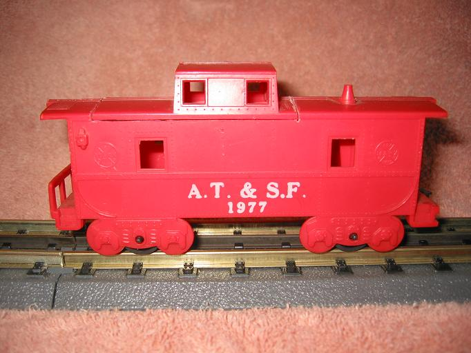 Marx Caboose with roof cuts