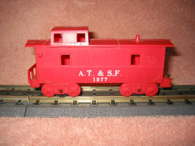 Caboose with reversed roof section